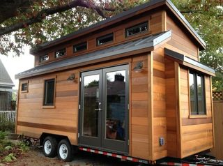 Cider-box-tiny-house-001-600x446